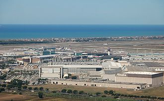 Rome-Fiumicino Airport was the tenth busiest airport in Europe in 2016. Rom Fiumicino 2011-by-RaBoe-02.jpg