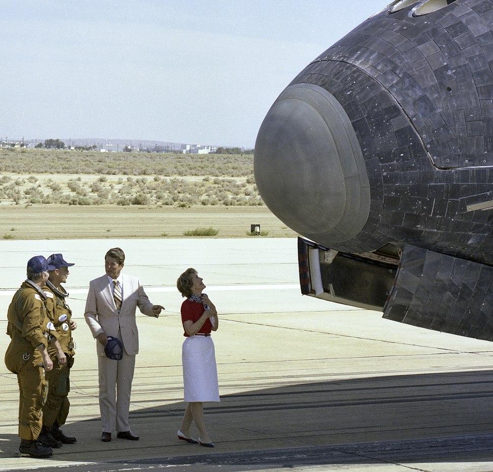 Ronald and Nancy Reagan NASA 1982