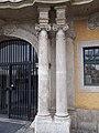 Rudnyánszky mansion. Columns. - Budapest.JPG