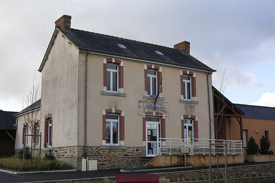 Mairie de Saint-M'Hervon.