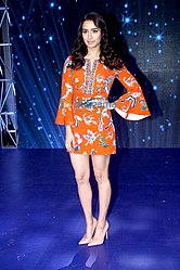 Shraddha Kapoor promote 'Ok Jaanu' on the sets of Indian Idol.jpg
