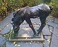 Skulptur Renée-Sintenis-Platz (Fried) Grasendes Fohlen&Renée Sintenis&1929.jpg