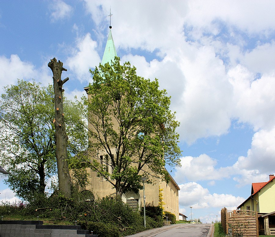 St.Nikolaus (Großrosseln), the village church