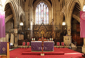 St Andrew, Stoke Newington - Chancel