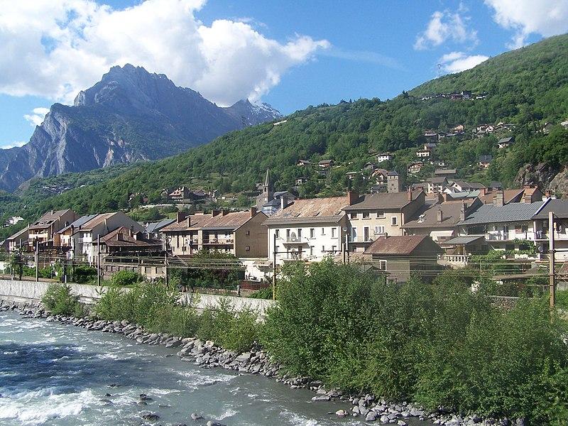 File:St Michel de Maurienne.JPG