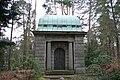 Stahnsdorf Waldfriedhof Mausoleum Hoffmann.jpg