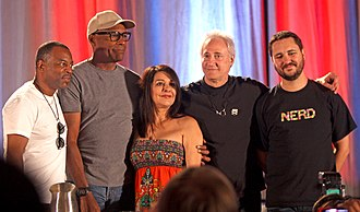Michael Dorn - Michael Dorn at the 2012 Phoenix Comic-Con with the cast of Next Generation. (L to R: LeVar Burton, Dorn, Marina Sirtis, Brent Spiner, and Wil Wheaton)