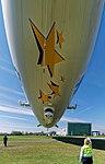 Start des Zeppelin NT auf dem Flugfeld Friedrichshafen. 02.jpg