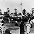 StateLibQld 1 16394 Visitors to the Allies' city in the Botanic Gardens in Brisbane, 1916.jpg