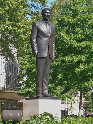 Embassy of the United States, London - Statue of Ronald Reagan outside the embassy