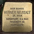 Stolperstein Pariser Str 11 (Wilmd) Werner Neustadt.jpg
