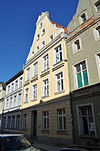Stralsund, Ravensberger Straße 5 (2012-04-06), by Klugschnacker in Wikipedia.jpg
