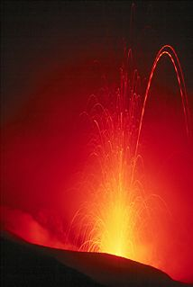 Strombolian eruption type of volcanic eruption