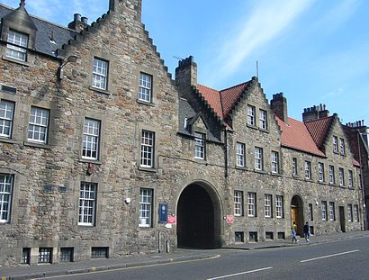 How to get to Pleasance Courtyard with public transport- About the place