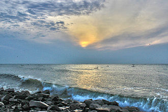 Promenade Beach - Image: Sunrise beach 1