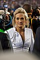 Super Bowl 44 Carrie Underwood (4344823004).jpg