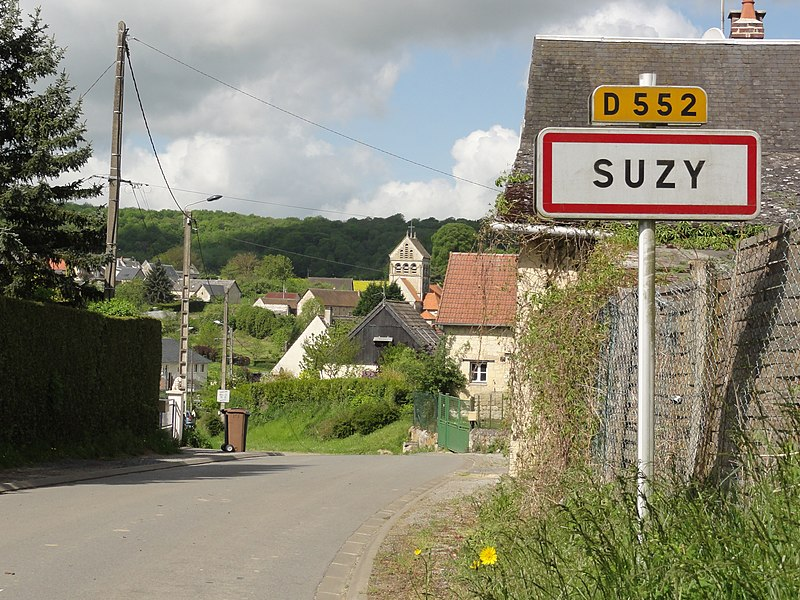 Suzy (Aisne) city limit sign