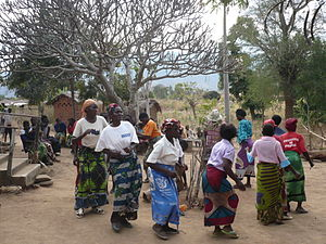 Tumbuka people - A Tumbuka women group dance.