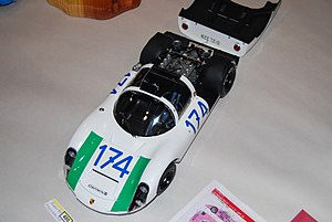 Tamiya 1to12 scale Porsche 910 (174) top-view.jpg