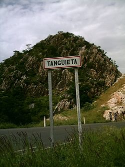 Entry sign for Tanguieta, Benin (coming from ناتیتینگو، بنین), 2007