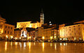 Tartini Square at night, Piran, October 2005.jpg