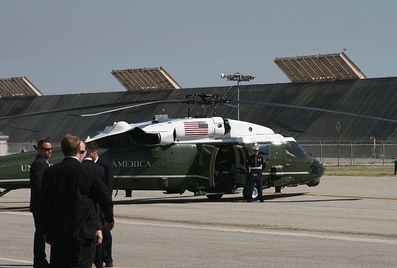 File:The President Departs (3379756678).jpg