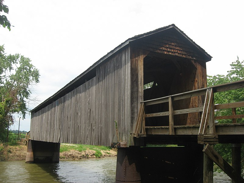 File:Thompson Mill Covered Bridge from southwest.jpg