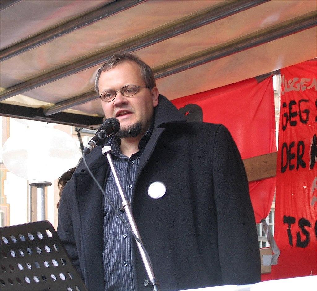 Tobias Pflueger Anti-Siko 2007-1.jpg