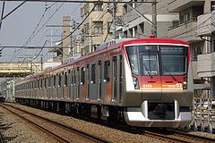 急行用の6000系(2008年3月28日、尾山台駅~等々力駅間で撮影)