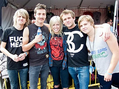 Picture of a band or musician: Tonight Alive