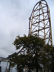 Top Thrill Dragster, the world's first stratacoaster at 420 feet.