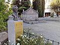 Torrelodones. Estatua de Manuel López Villaseñor en Plaza del Caño.jpg