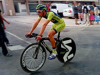 Racing cyclist