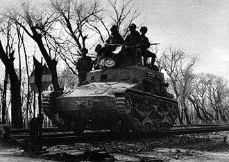Type 95 So-Ki - Type 95 So-Ki with mounted crew