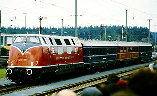 DB Class V 200 class of 86 German twin-engined diesel-hydraulic locomotives