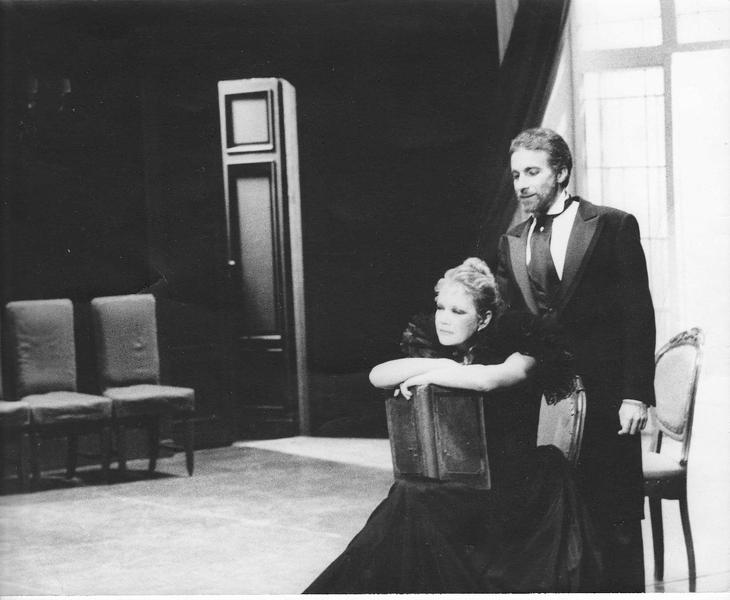 hedda gabler drowning in herself Hedda's frenzied act of playing the piano is an outward manifestation of her inner frustration and fury, which culminates in her own 'beautiful death' even as early as act one, when tesman leaves.