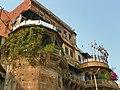 Varanasi 109 - Ganga Mahal ghat (46121126361).jpg