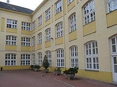 Varga Katalin Secondary School 2.jpg