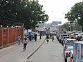 Vastlopend verkeer in Dar-es Salaam (6693735337).jpg