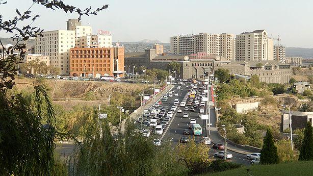 Victory Bridge 1 (Yerevan) (1).jpg