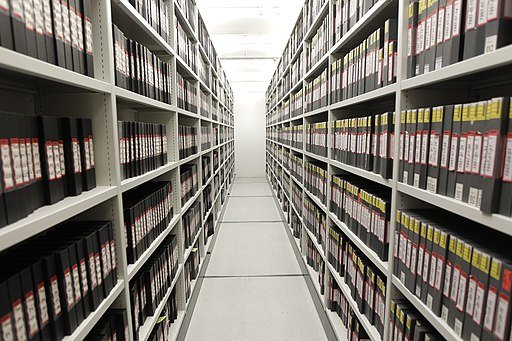 Video tape archive storage (6498637005)