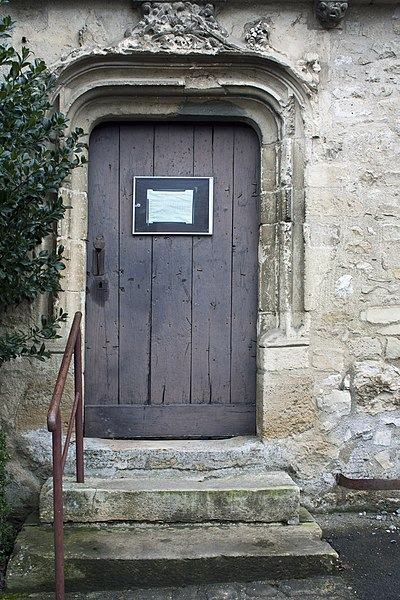 English:  Noth door of the church Saint Lié.