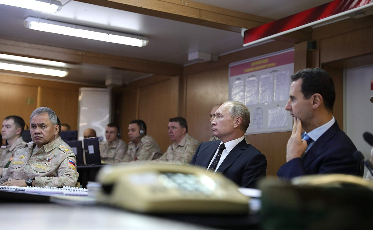 Vladimir Putin in Khmeimim Air Base in Syria (2017-12-11) 29.jpg