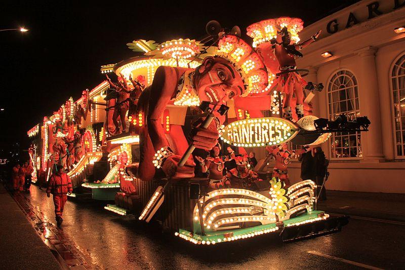 File:Weston-super-Mare Carnival 2014 - Griffins CC (Rainforest).JPG