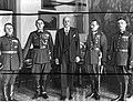 Wręczenie prezydentowi RP Ignacemu Mościckiemu odznaki Straży Granicznej NAC 1-A-1379.jpg