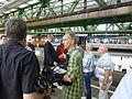 Wuppertal Samuel fährt Schwebebahn 329.JPG