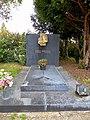 Zentralfriedhof Wien Grabmal Curd Jürgens.jpg