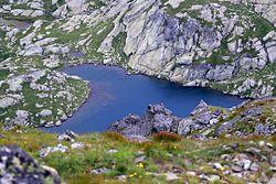 贾拉维察湖