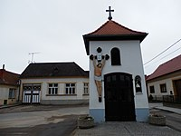 Zvonice Výrovice1.JPG
