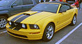 '05-'09 Ford Mustang GT Convertible (Les chauds vendredis '12).JPG